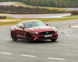 098_Ford-Mustang-at-CTI-Test-Drive-250×200