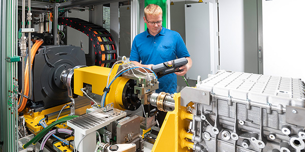 All-round effective end-of-line test benches for e-drives